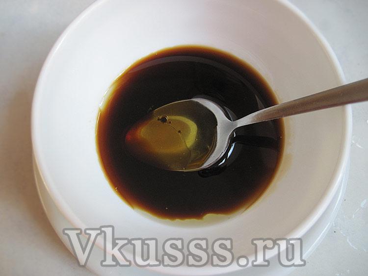 Заправка к салату с соевым соусом и медом