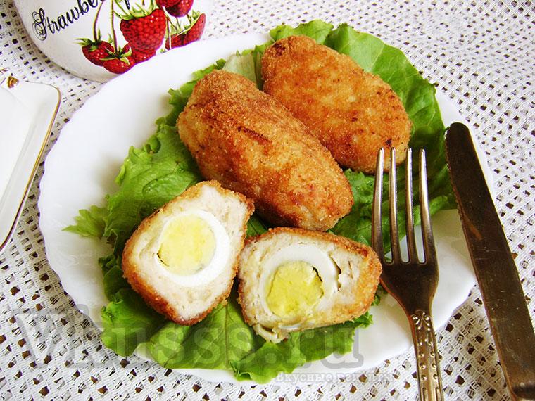 Котлета с яйцом внутри, рецепт