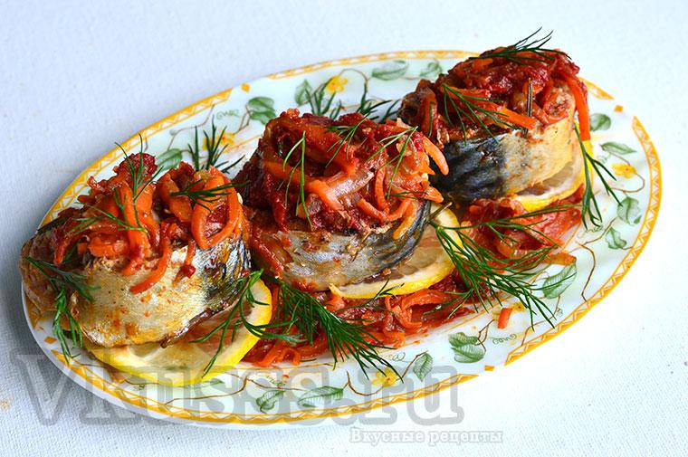 Скумбрия тушеная с овощами на сковороде, рецепт с фото