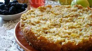 Яблочный пирог в мультиварке: рецепт с фото на скорую руку
