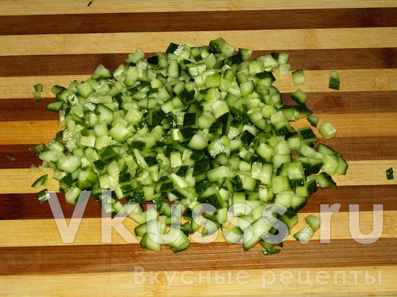 Огурцы для салата из крабовых палочек