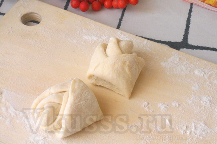 Как приготовить булочки розочки