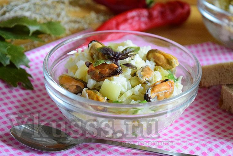 Очень вкусный салат с мидиями (пошаговый рецепт с фото)