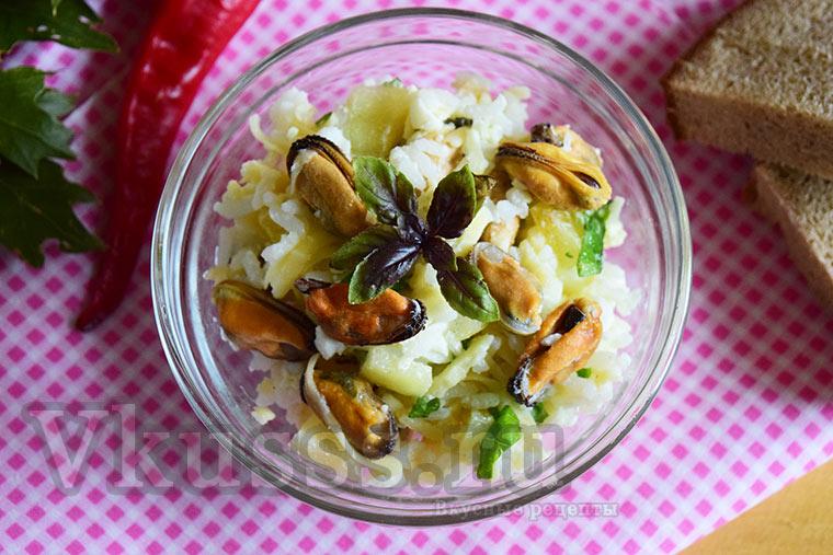 Очень вкусный салат с мидиями