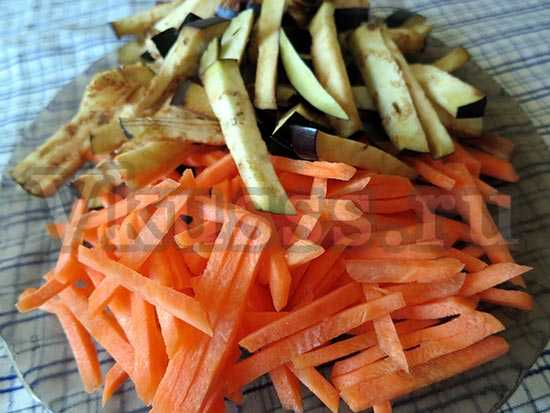 тушеная говядина с овощами в мультиварке режем овощи
