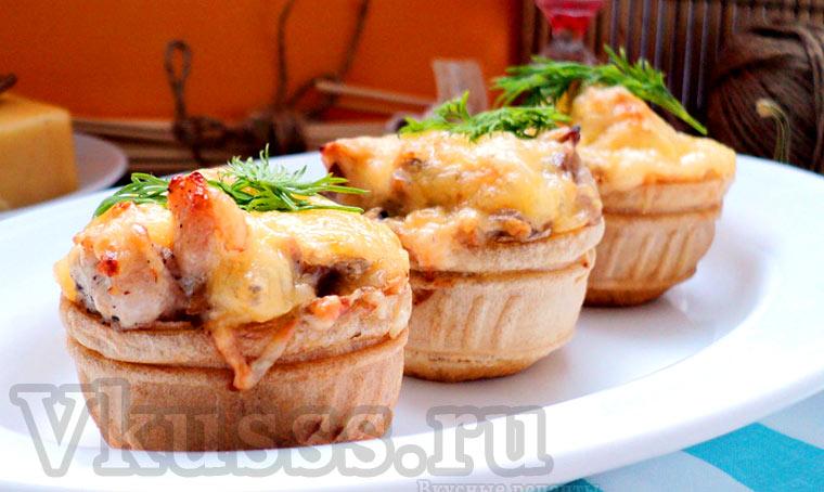 Жульен с курицей и грибами в тарталетках, рецепт с фото